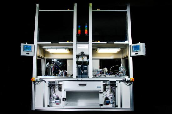 Dwukomorowy automatyczny tester szczelności przewodów paliwowych