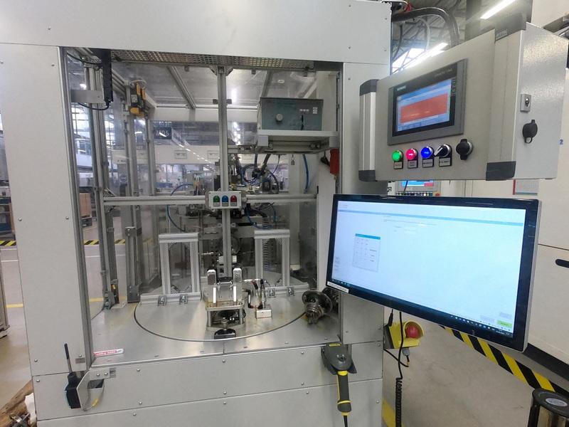 Tester nieszczelności i pomiaru prędkości obrotowej rdzeni turbosprężarki