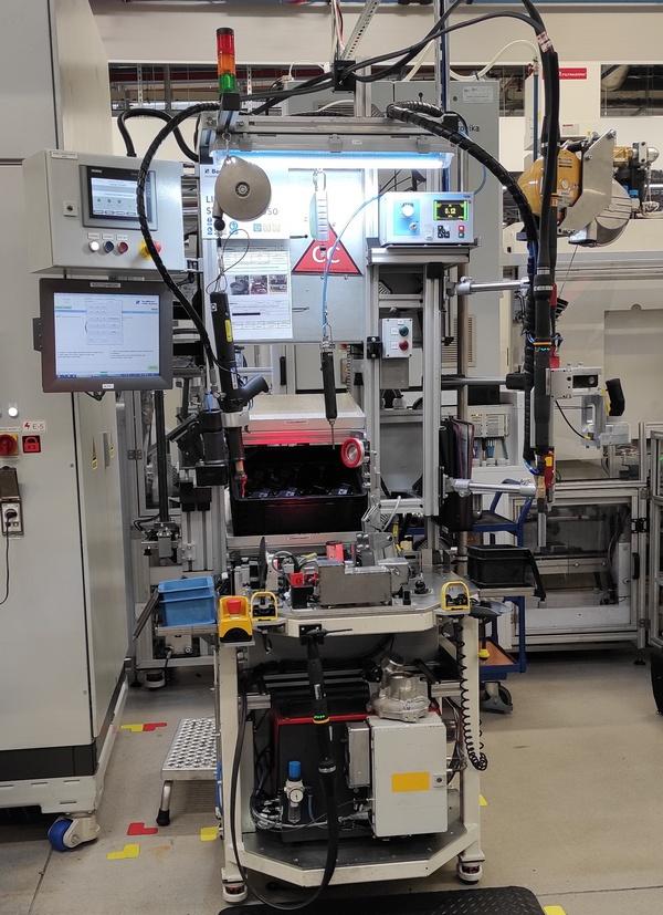 Urządzenie do montażu i testowania nieszczelności turbosprężarki